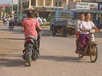 motors_on_road200pb.jpg